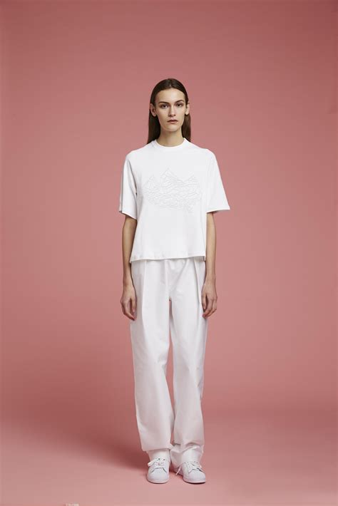 5 Menswear Inspired Style Inspirations by Agi Sam Normcore Clothing Inspired By Evian It S