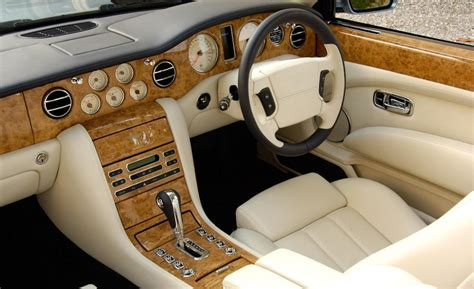 interior bentley car and driver