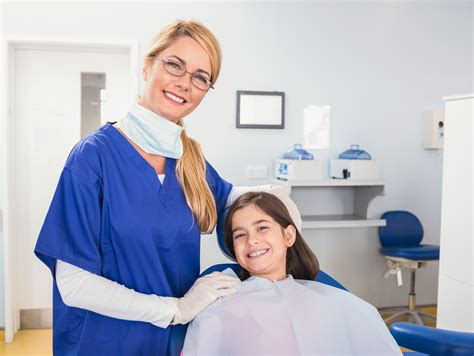 helping you find your pediatric dental assistant