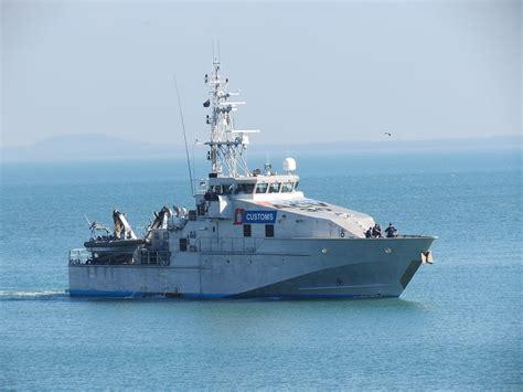offshore patrol boats australia bay class patrol boat wikipedia