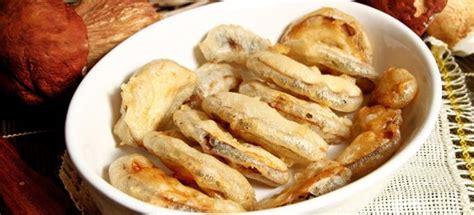 come cucinare funghi porcini freschi ricetta funghi porcini fritti cucinarefunghi