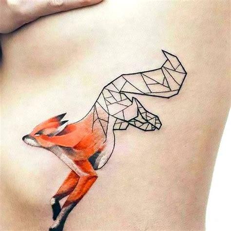 tattoo geometric fox 17 best images about tatuaże on pinterest wolves a deer