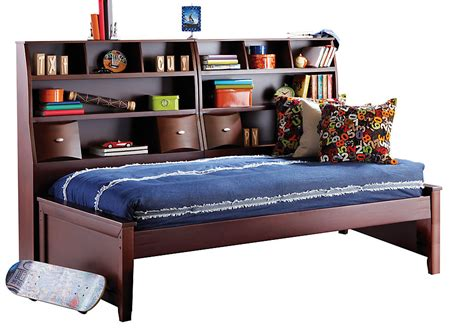 rooms to go twin beds ivy league cherry 5 pc twin bookcase daybed twin beds