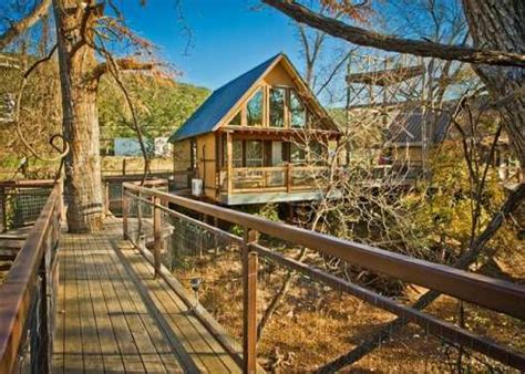 tree houses in texas for vacations treehouse resorts in texas growing in popularity san antonio express news