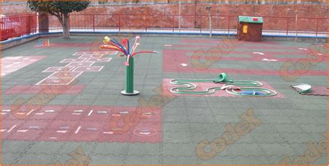 tappeto antitrauma per esterni protezioni scuola antitrauma e antiscivolo codex srl