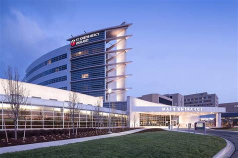 Mclaren Pontiac Hospital by These 19 Hospitals In Michigan Are The Best In The State