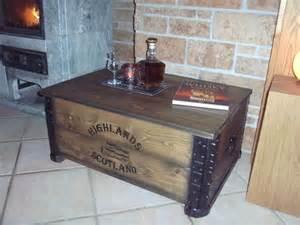 whiskey tisch alte frachtkiste couchtisch vintage holztruhe m 246 bel tisch