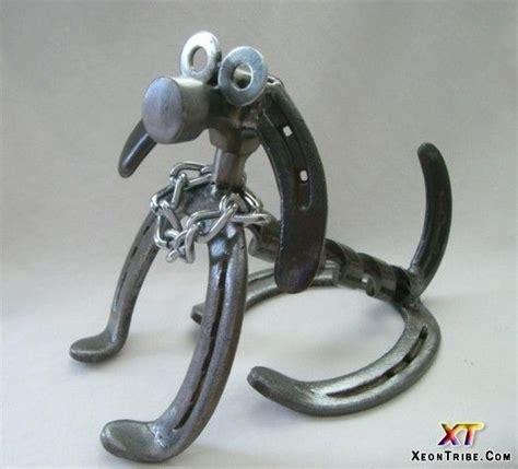 design that works with traffic the horseshoe or u shaped horseshoe art ideas amazing horseshoes sculptures