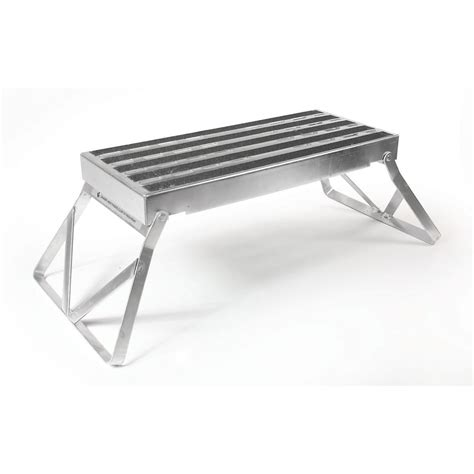 Non Skid Step Stool by Camco Step Stool Metal Bi Fold W Non Skid 43675 The
