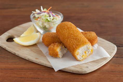 picture of corn rolls chicken corn rolls 100g chook d