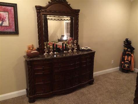 ashley furniture king size bedroom suit nashville 38488