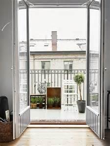 Scandinavian style decoration small apartment balcony