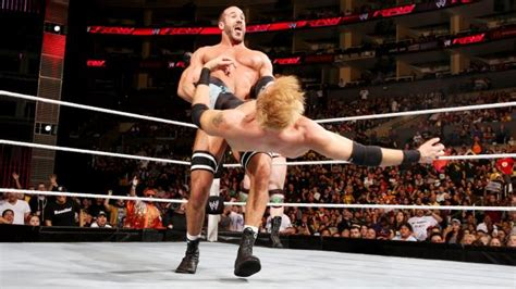 cesaro swing monday hits and misses for 02 10 2014 chinlock