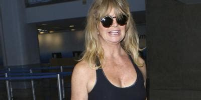 oliver hudson jimmy buffett goldie hawn believes snatched is the best film she s