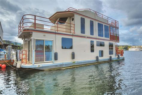 house boat seattle limbo amazing houseboat fabulous location lake union living