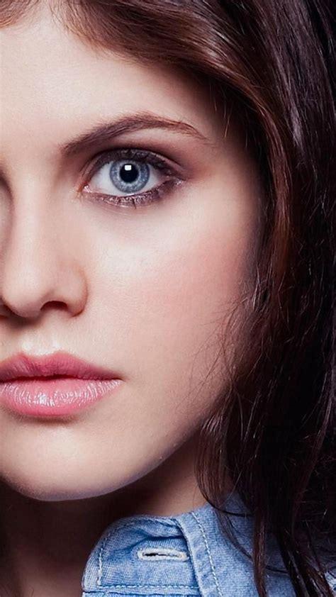 Alexandra daddario eyes wallpaper   (132678)