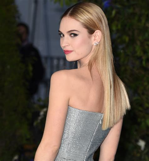 Le Blond De Lily James 30 Stars Blondes Qui Illuminent
