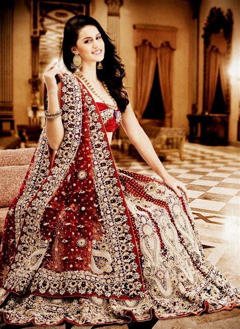 indian wedding dresses dressed  girl