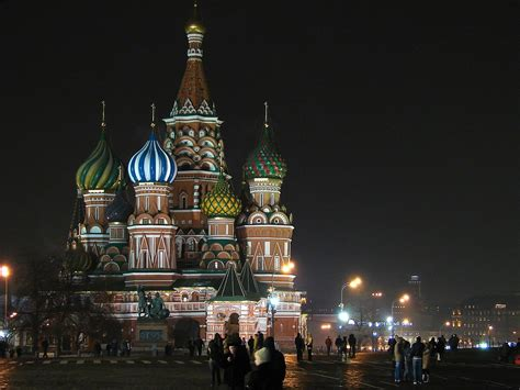 st basils cathedral  night iconic shot  moscow red flickr
