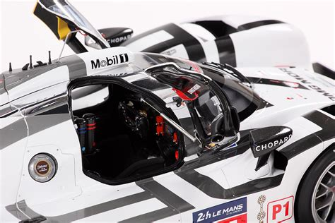 porsche 919 interior 2014 porsche 919 hybrid by amalgam collection 1 8 scale