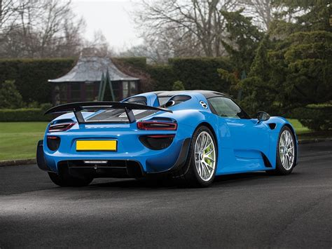 porsche 918 spyder s only arrow blue porsche 918 spyder heads to