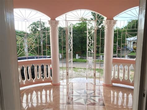 6 bedroom 4 bathroom house 6 bedroom 4 bathroom house for sale in leads st elizabeth jamaica for 11 500 000