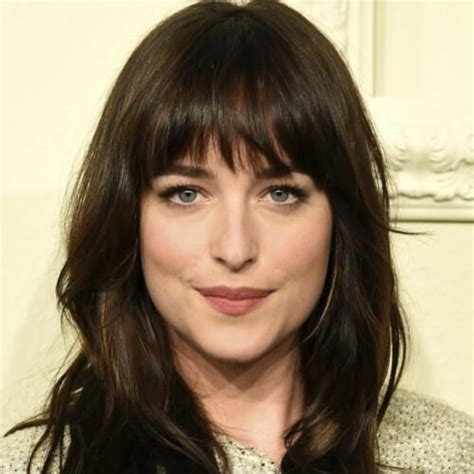 ladies choppy hairstyles with a fringe long hair with choppy bangs www pixshark com images