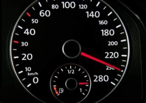 Auto Probezeit Km H by Tempolimit In Europa Innerorts Landstra 223 E Und Autobahn