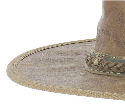 nettoyage d un canapé en cuir entretien du chapeau traclet chapeau parfait le mag