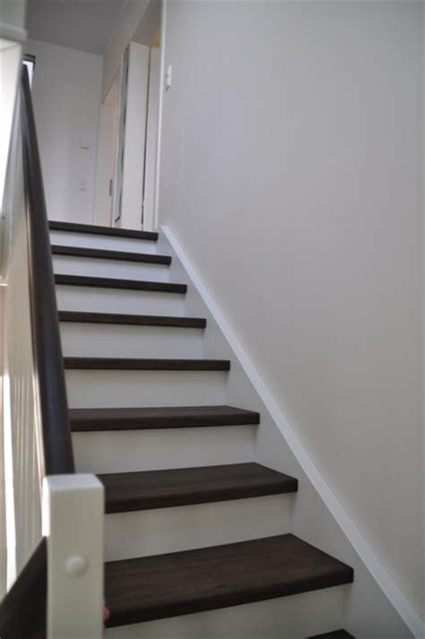 fensterbank innen weiß weiss design treppe