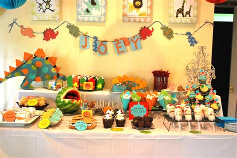 themed birthday parties dinosaur themed birthday party the baking way