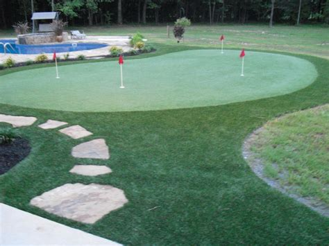 building a putting green at home do it yourself