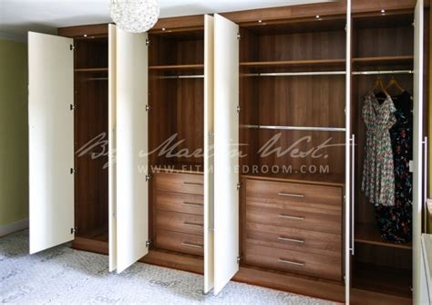 Fitted Wardrobe Storage by Fitted Wardrobe Modern By Fit Bedroom