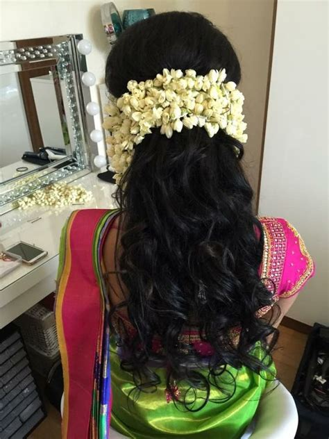 gorgeous gajra hairstyles  dazzle   besties