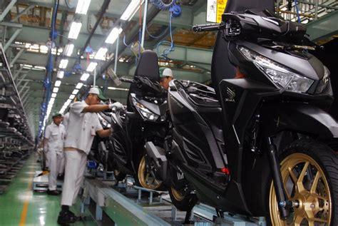 Emblem Logo Honda Merah Exclusive Khusus Brv ahm segarkan tilan new honda vario 150 dan new honda vario 125 motoblast