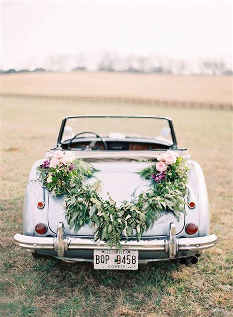 18 Fun Just Married Wedding Car Ideas   weddingsonline