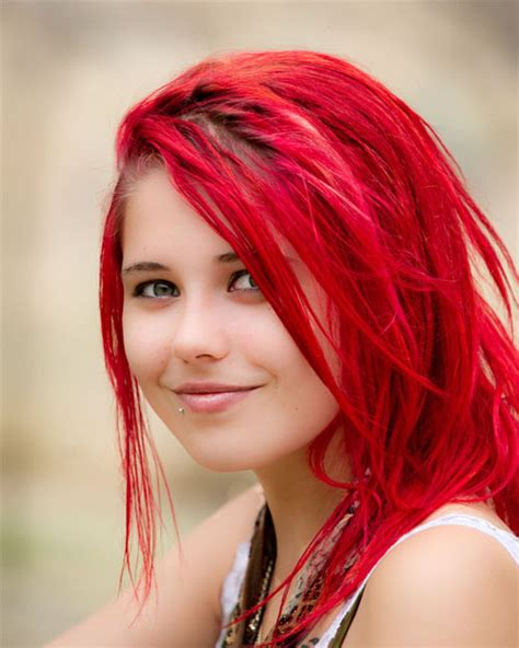 hairstyles for mid length red hair 30 striking medium length hairstyles with bangs creativefan