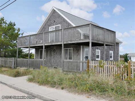 house for sale in matunuck ri
