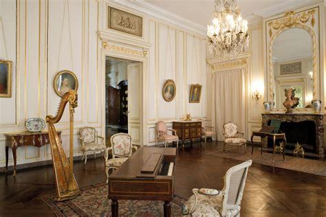Musee Des Arts Decoratif by Les Collections Du Mus 233 E Des Arts D 233 Coratifs Et Du Design