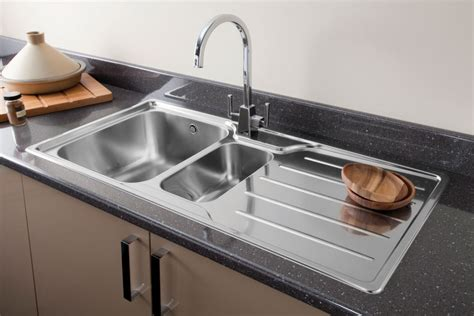 Kitchen Sinks And Taps Carron Ibis 150 Kitchen Sink Including All Fittings Taps And Sinks