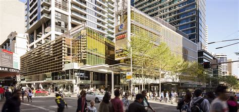 ispt acquires 50 interest in world square shopping centre