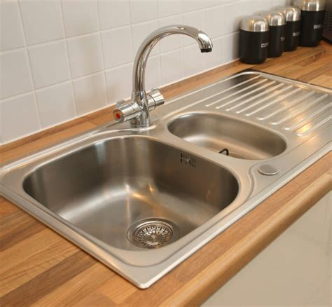 choosing a kitchen sink choosing the right sink for your kitchen a simple guide j design