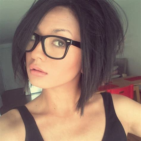 medium hairstyles glasses 37 cute hairstyles for women with glasses this year