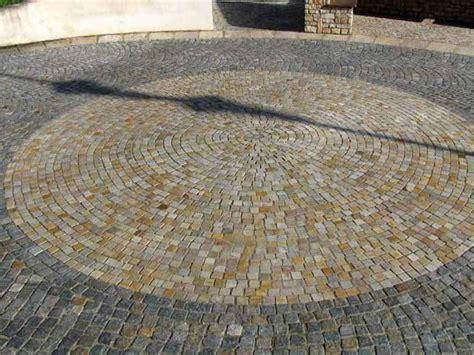 pavimenti in pietra naturale per esterni pavimento per esterni in pietra naturale pietra di luserna