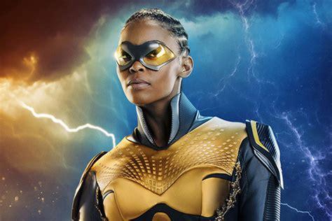 actress amanda davis black lightning raio negro nova imagem mostra o visual da hero 237 na