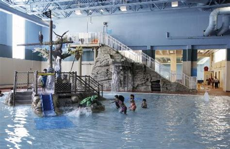 lowes maplewood commons get out to a great water park in st paul in chaska mn