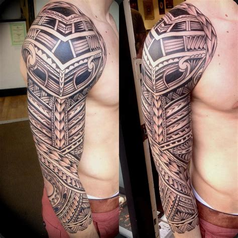 tribal tattoo in arm tatoos on polynesian tattoos half sleeve
