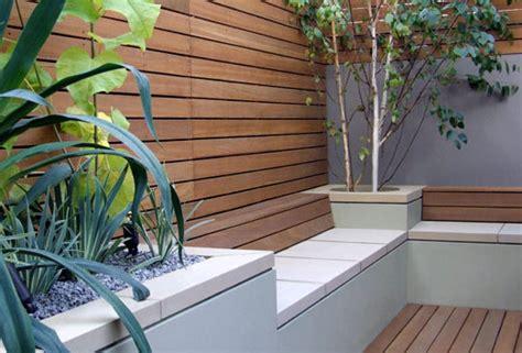 Ein Schöner Garten 3182 by Mein Sch Ner Garten Mit Sitzecke Und Wandverkleidung Holz