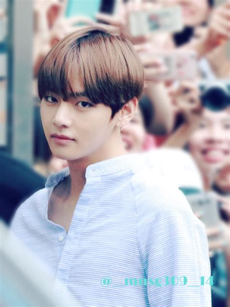 bts eyes taehyung there he goes with those eyes again my kpop