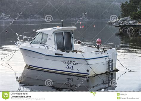 ocqueteau 625 editorial photography image 36652282 - Fishing Boat Length